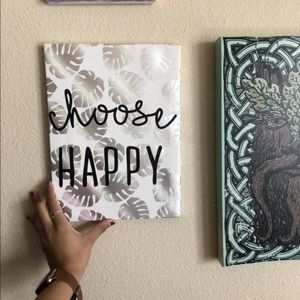 Choose happy wall decor